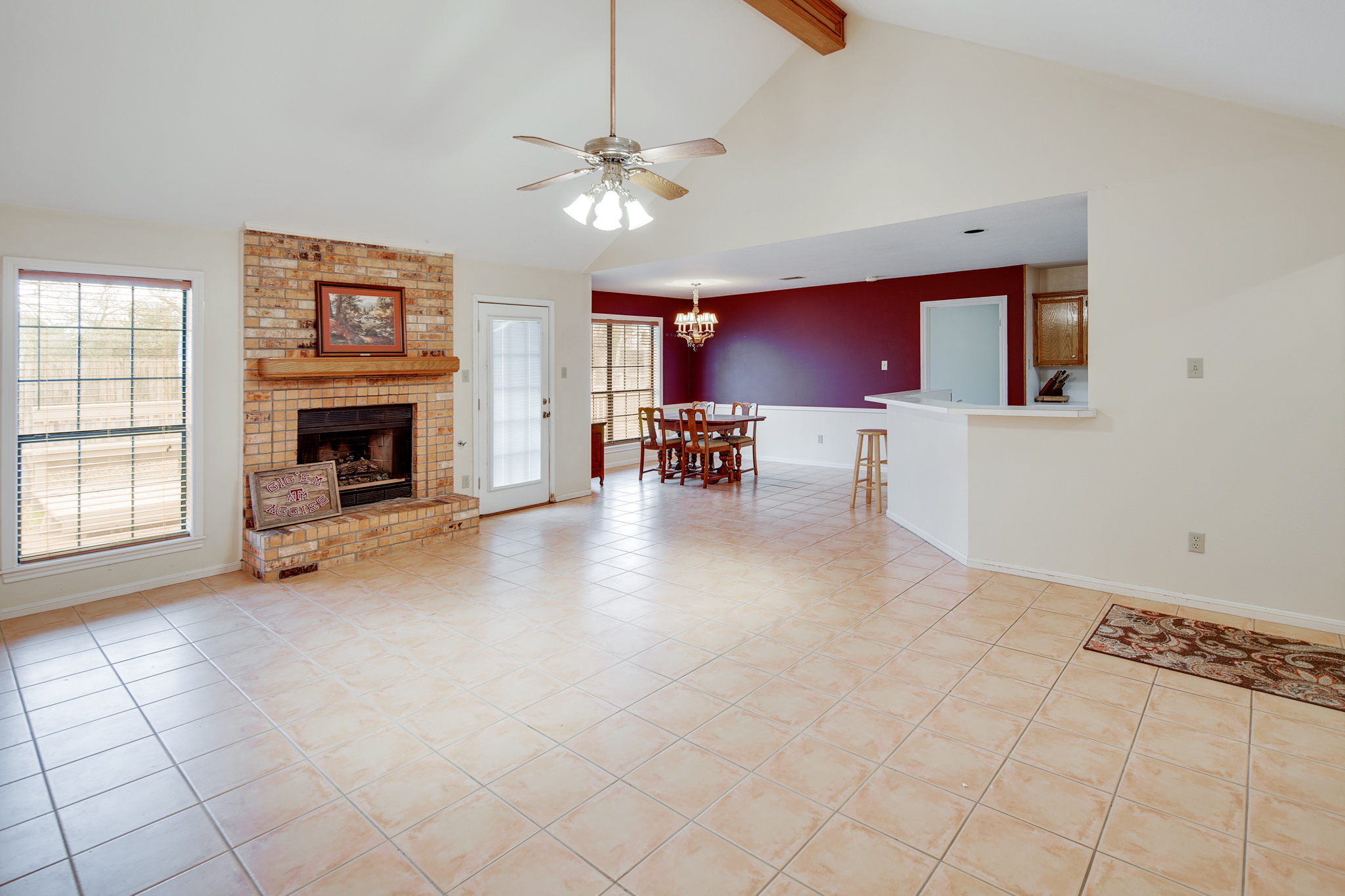 just listed 4 2 in southwood valley