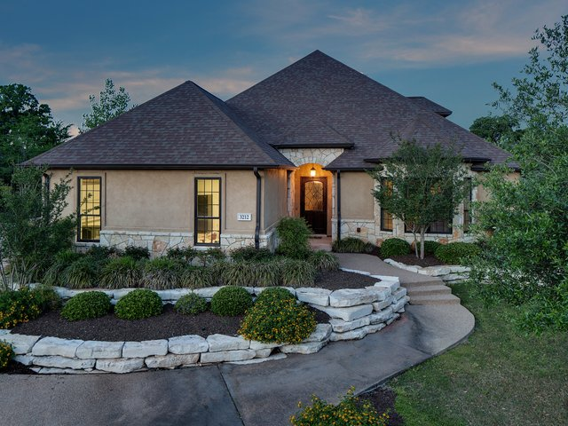 Photo of Listing #17000077