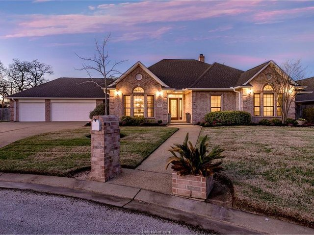 Photo of Listing #17003194