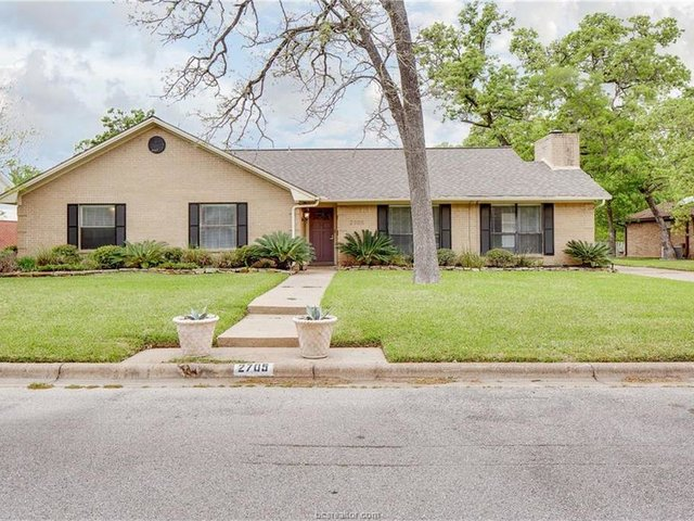 Photo of Listing #17003926
