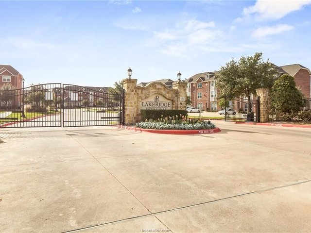 Photo of Listing #18010036